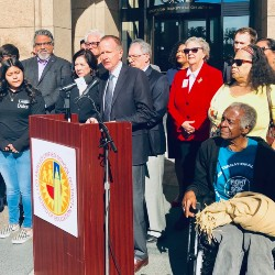 Los Angeles Unified Superintendent Austin Beutner Urges Free Student Transit Passes for All Students (01-23-20)